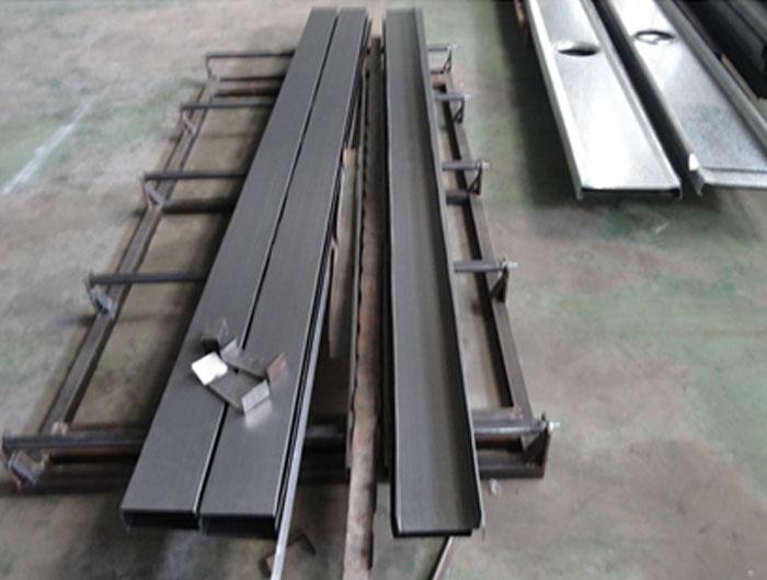 C Purlin Roll Forming Machine | CZ Purlin Machine | Manufacturers in China