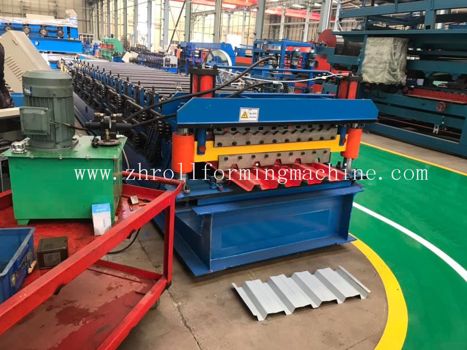 Popular 686 IBR and 762 corrugated profile steel roofing sheet roll forming machine in South Africa