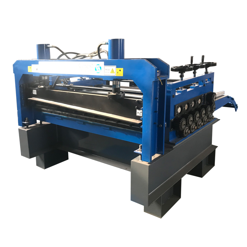 Straight and cut to length machine with slitting