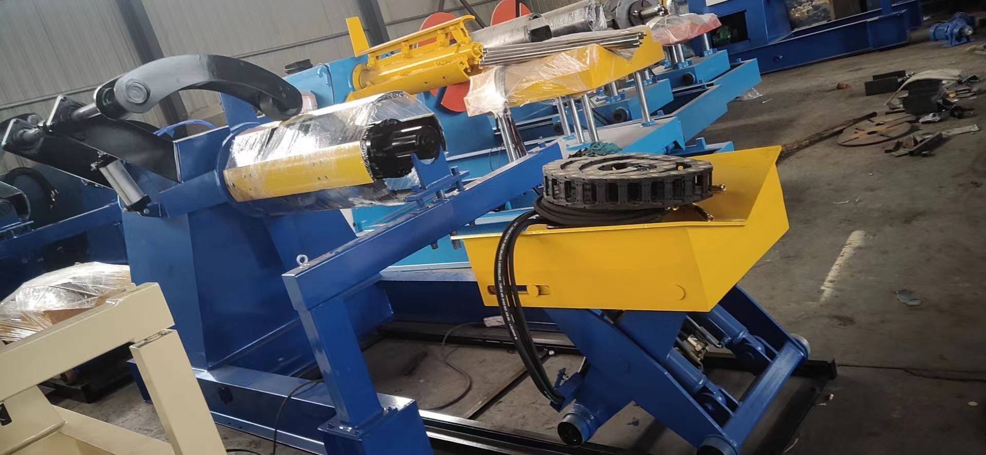 10 Tons Hydraulic Steel Coil Unwinding Machine Uncoiler Machine with Coil Car