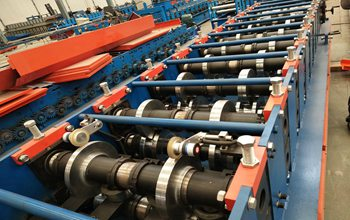 Two in one Steel C U Purlin Roll Forming Machine