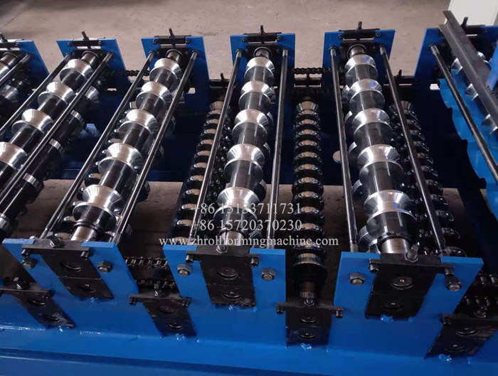 Double layer forming machine for trapezoidal and corrugated sheet