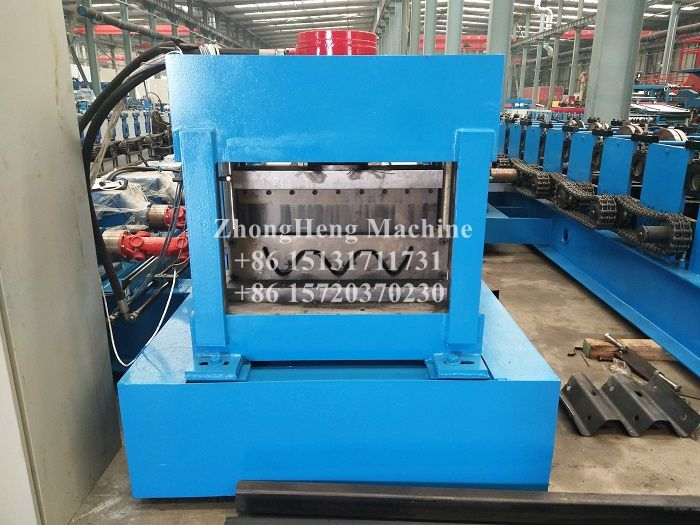 Highway Steel Guradrail Roll Forming Machine with Auto Stacker